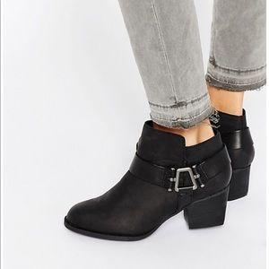Aldo Arielle boots! NWT.
